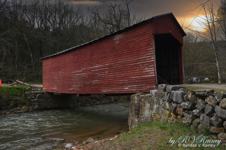 The Link Farm covered bridge...