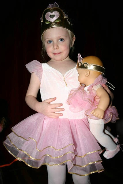 DANCING WITH MY DOLLY
