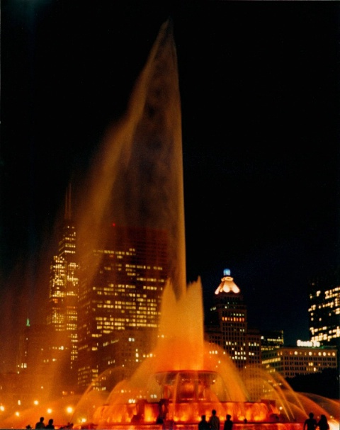 FOUNTAIN  IN  MOTION