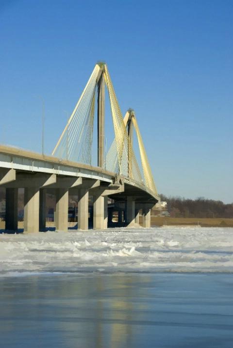 Bridge to Alton, Illinois