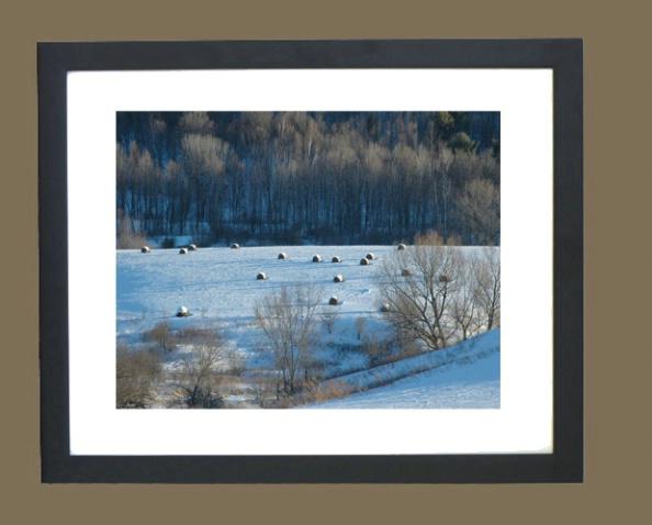 black_framed_picture