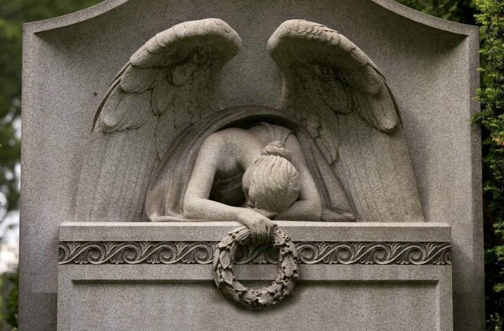 Broken Heart, Green-Wood Cemetery, Brooklyn, NY