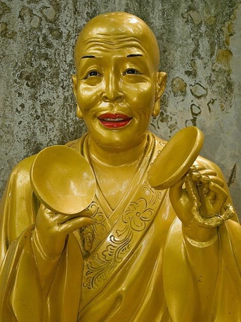 Musical, 10000 Buddhas