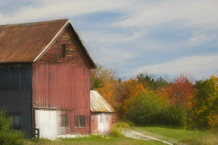 Vermont Barn Glow