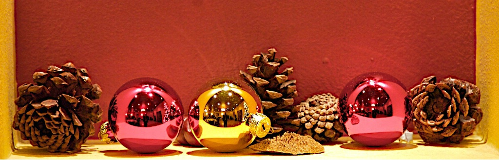 """Triple Reflected SP """"Colors of Christmas"""""""