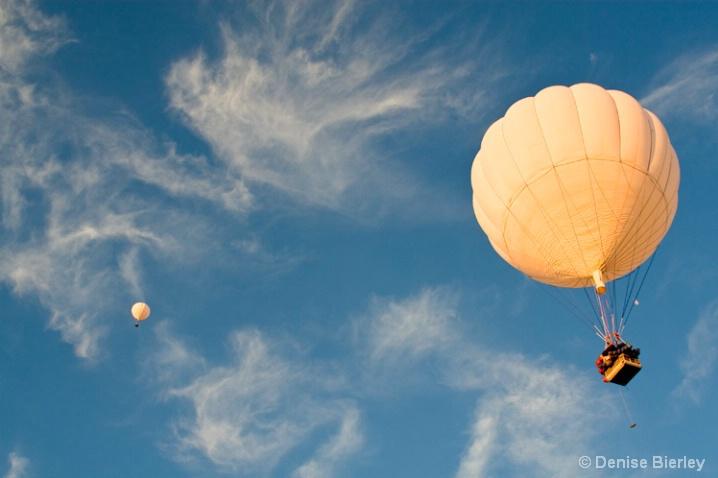gas_balloons_aloft