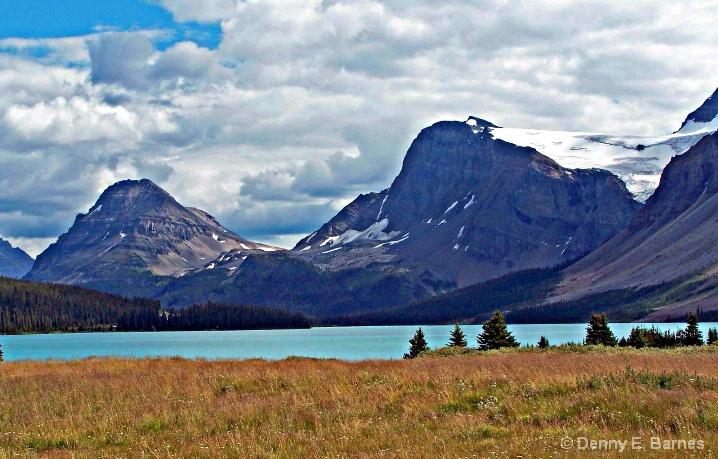 Bow Lake, Alberta-Canada