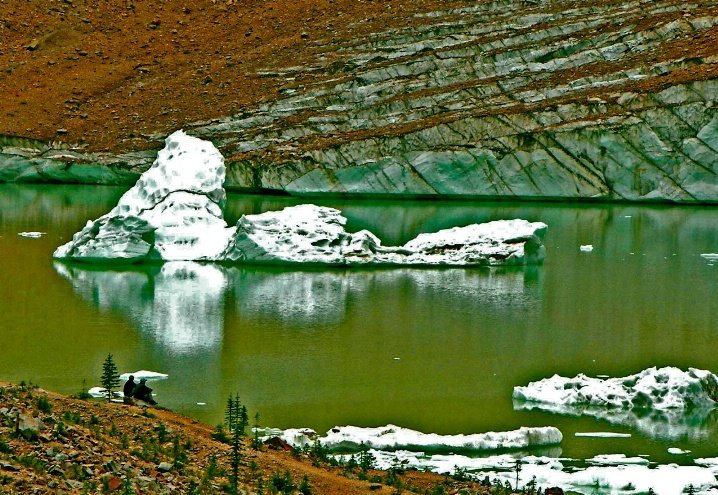 Cavell Iceberg, Mt Edith Cavell-Canada