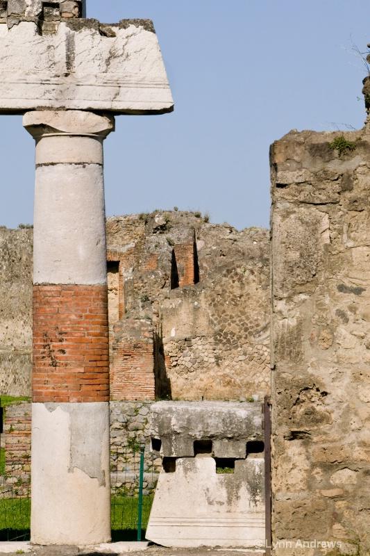 Walls and Pillars