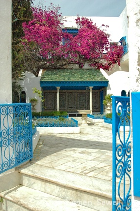 Front Entry of Tunisian House