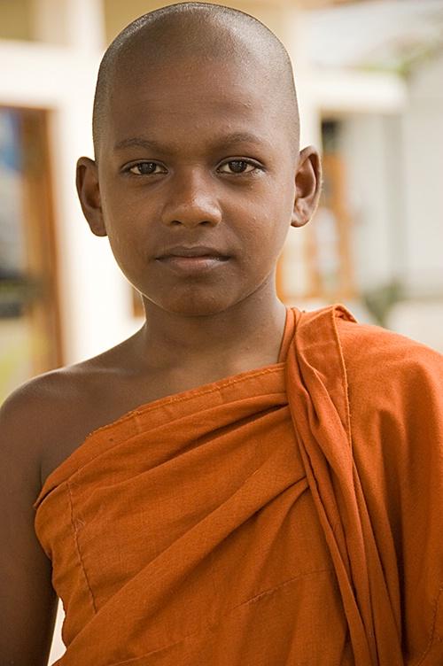 Beyond-his-Years, Asgirya Maha Vihara, Kandy