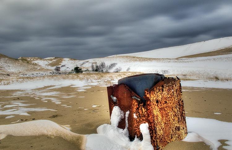 Dunes Trash or Treasure