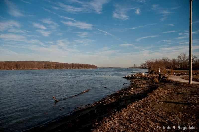 Looking at the Great River Road in Alton