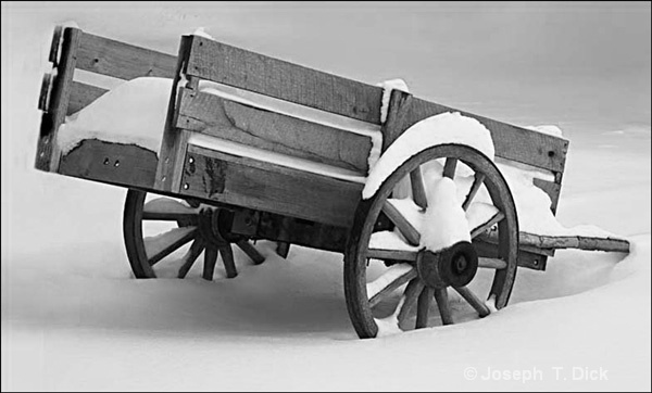 Wagon in Snow bw