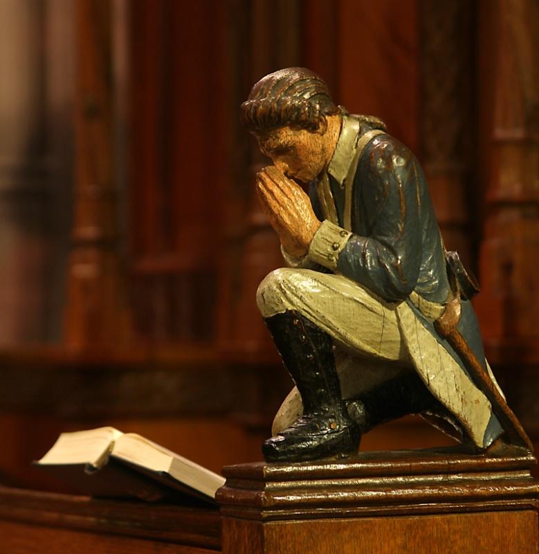 Statue - Soldier at Prayer