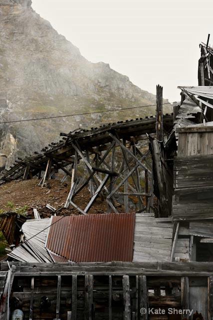 miner tracks
