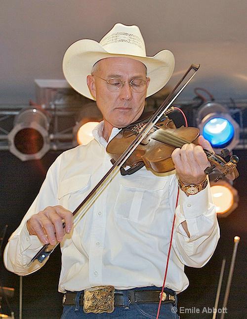 Carl Clout, Fiddle