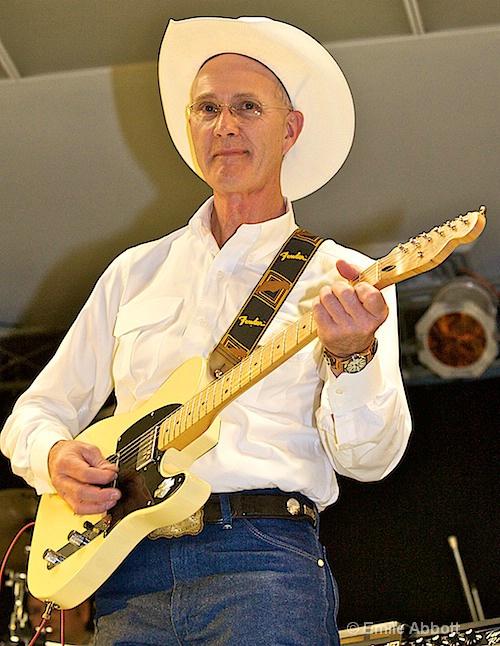 Carl Clout, guitar