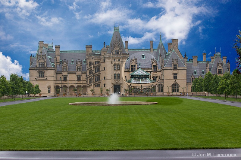 Biltmore Mansion with a floating bubble