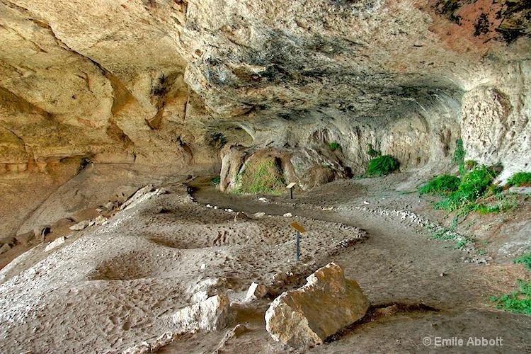 Inside Parida Cave Shelter