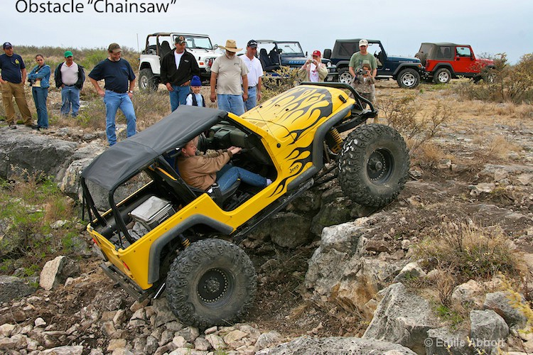 Chainsaw Obstacle