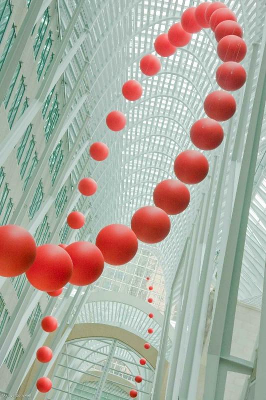 Red Balls Flying