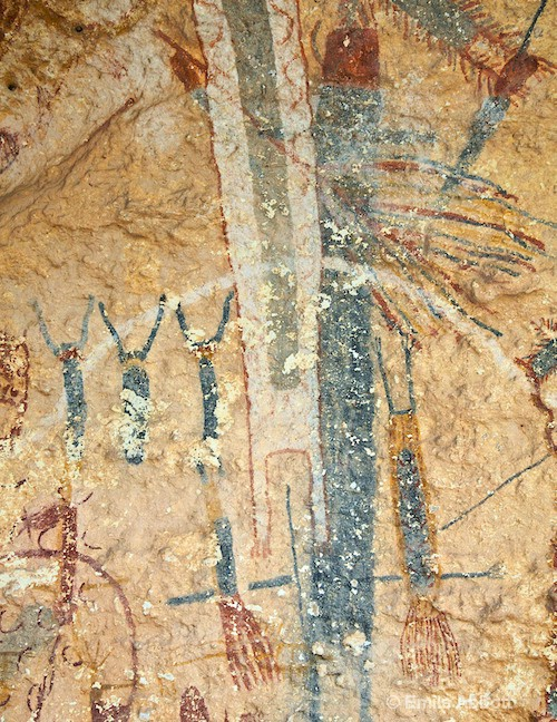 Three dancing figures  and 2 falling shamans