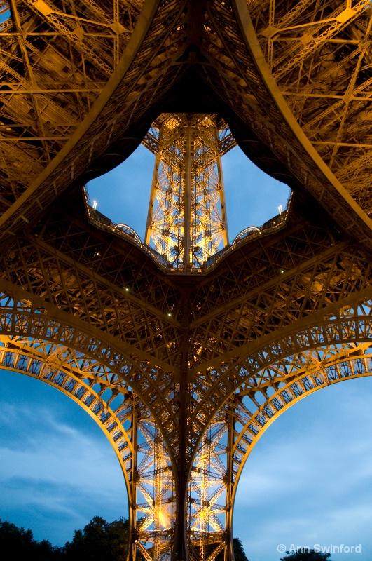 Eiffel Detail