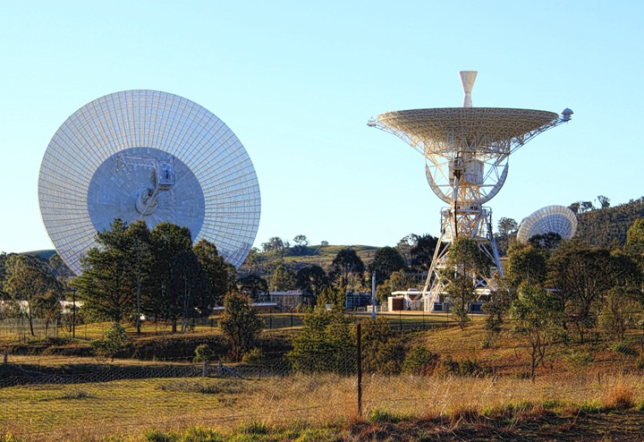 Tracking Station