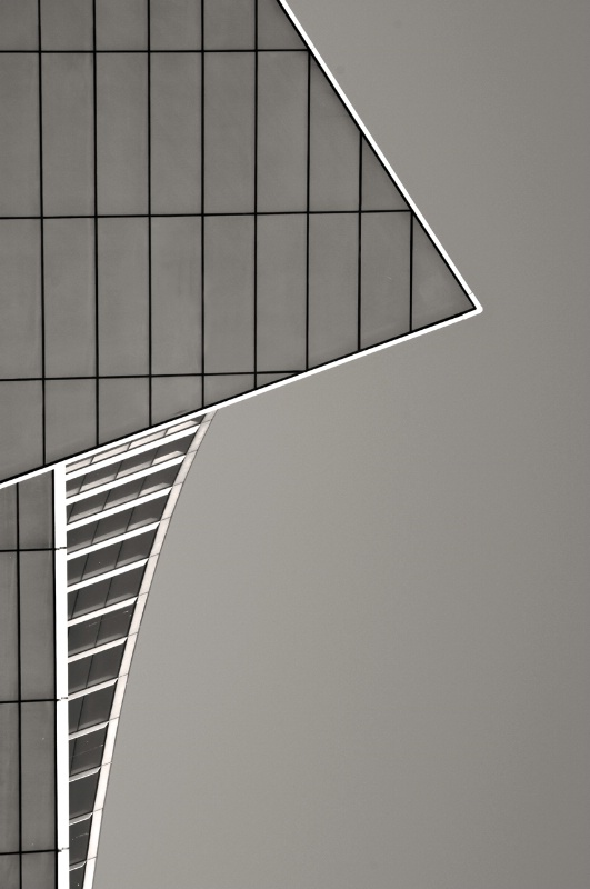 Chicago B&W Lines and Angles