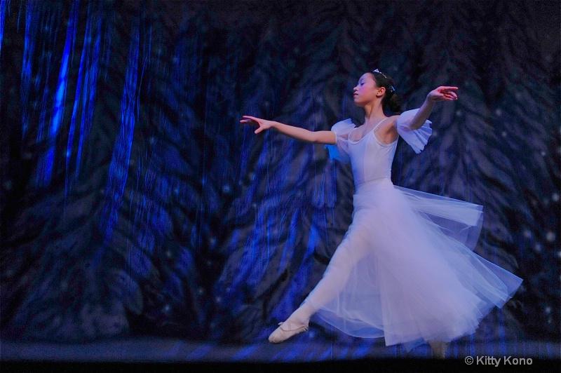 Yumiko - Snow Queen