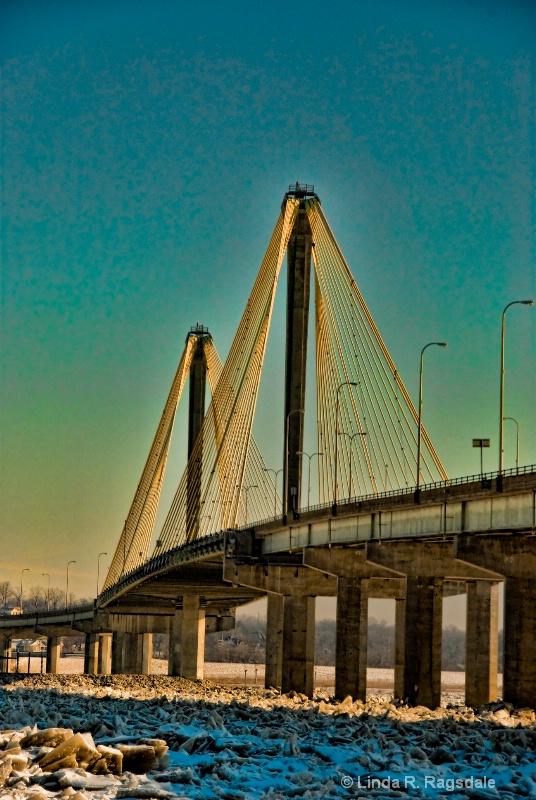 alton river bridge in january