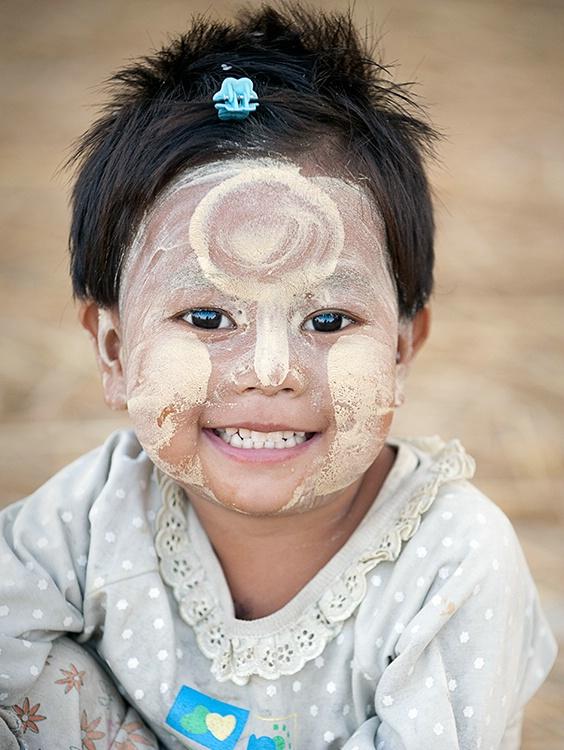 thanakha paste kid, Myanmar (Burma)