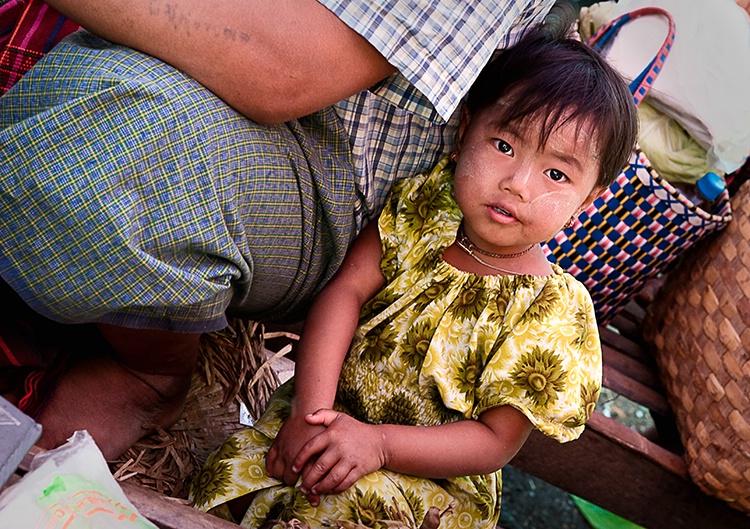 Market Child, Myanmar (Burma)