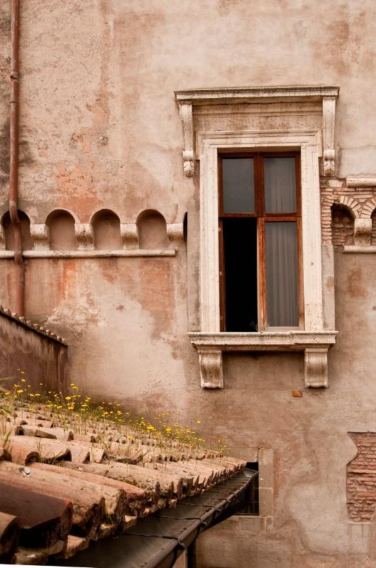 Roman Window & Roof
