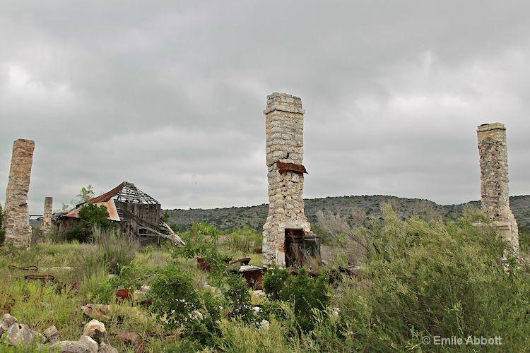 Four Chimneys at EK Fawcett's Ranch