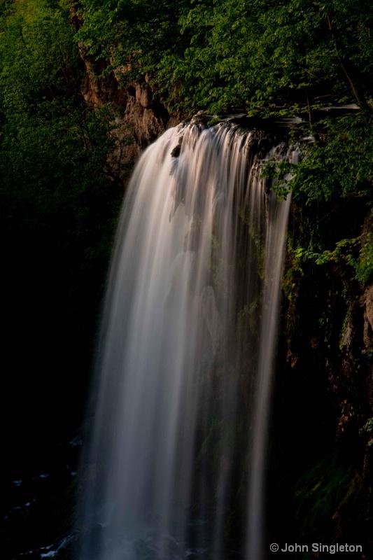 Falling Springs Falls  - close-up