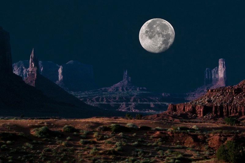 Twilight Monument Valley, Utah