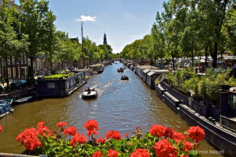 Prinsengracht on typical Saturday