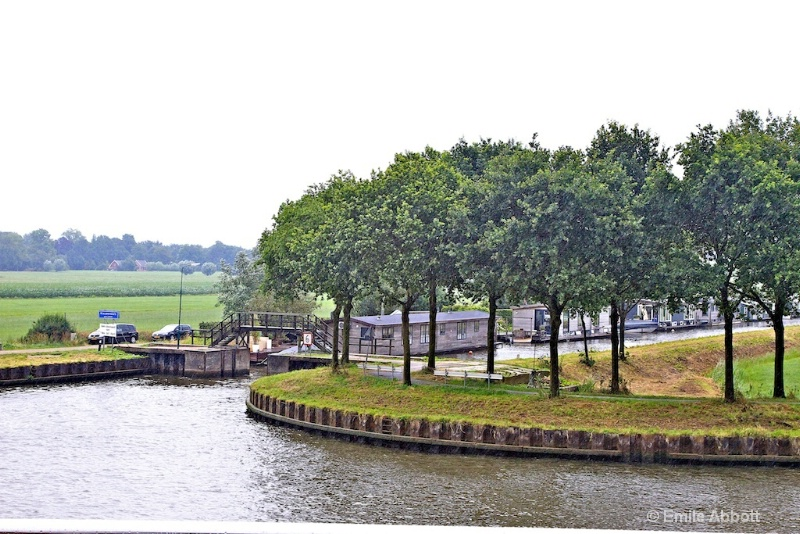 Town behind lock off the Amsterdam Rijnkanaal