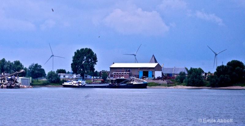 Along Amsterdam to Nijmegen canal