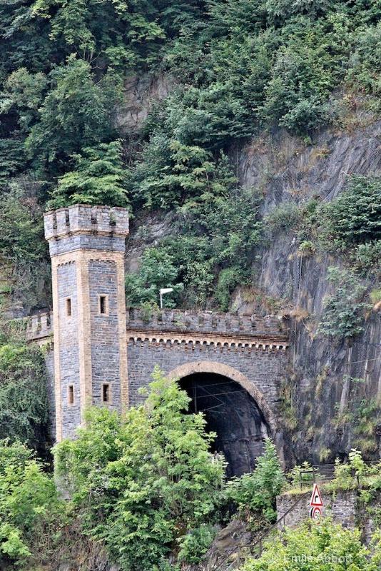 Tunnel near Loreley