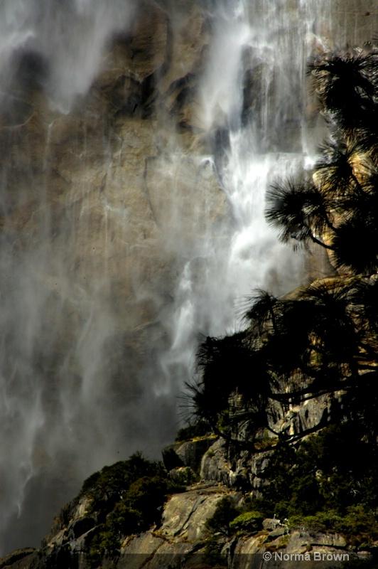 Bridal Veil Falls Mist, CA