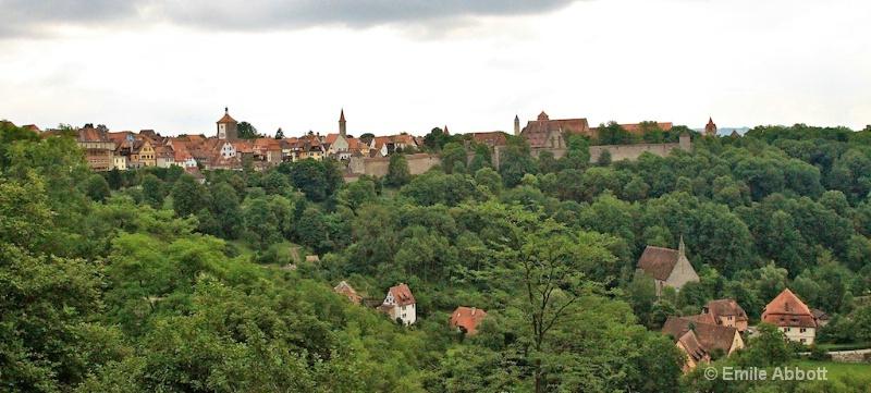 Walled Rothenburg ob der Tauber