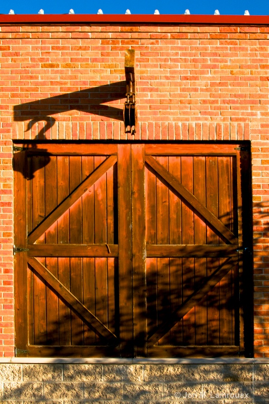 The pulley and the doors