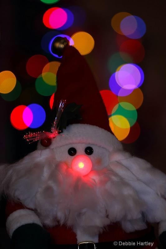 Santa finds Rudoph's nose!