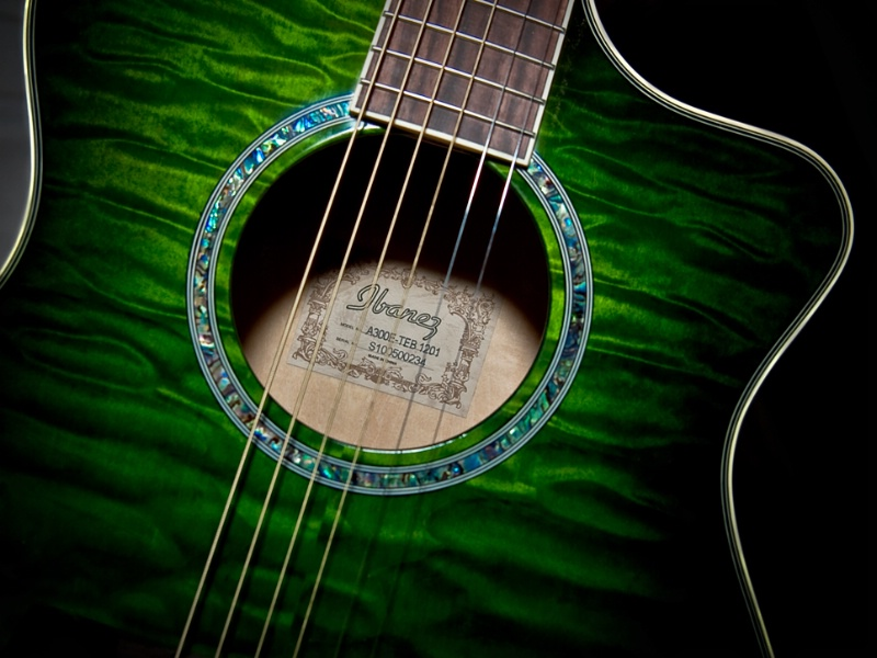 Tunes In Green