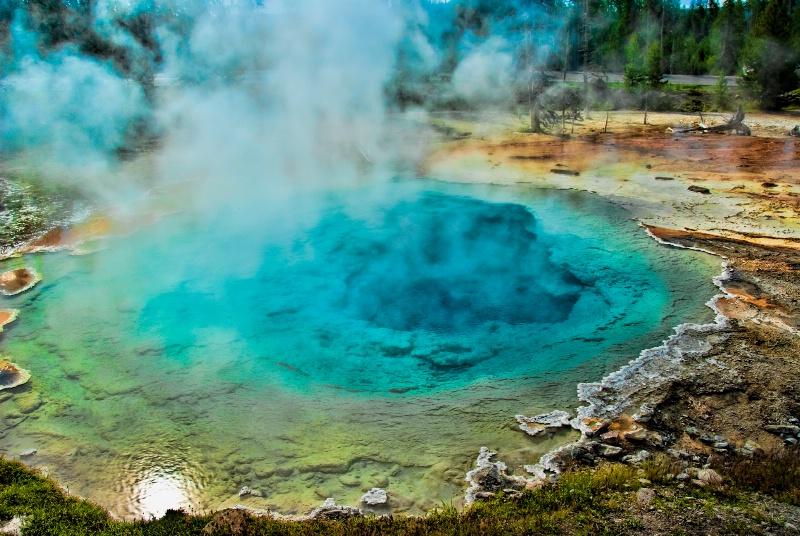 Yellowstone torquise pool