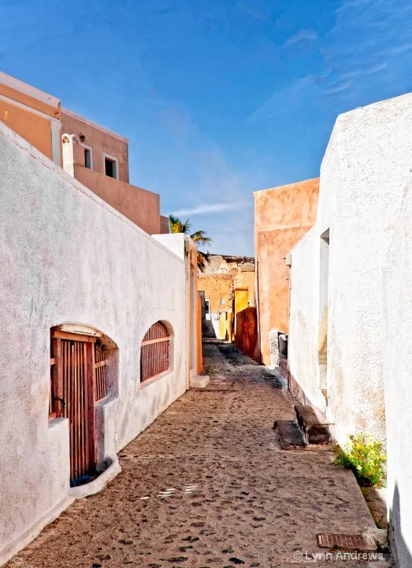 Quiet Santorini Street