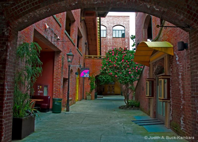 Funky Little Alley